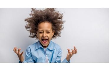 Comment prendre soin des cheveux crépus des enfants ?